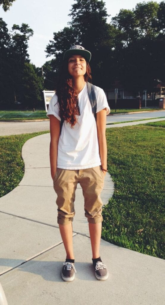What to Wear to School in Summers for Girls (24)