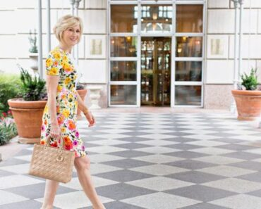 how to dress in summers for women above 50 (25)