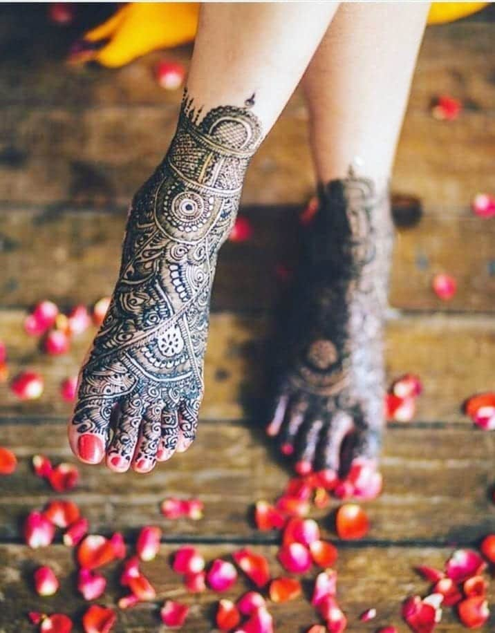 latest henna tattoo ideas (45)