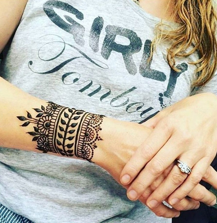 Henna Style Wrist Tattoo: Trending Mehndi Designs-50 Latest Henna Tattoo Ideas For 2018