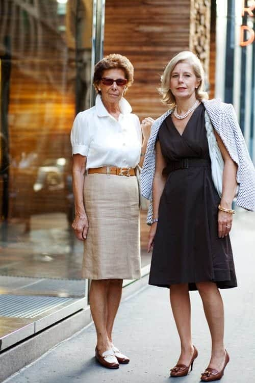how to dress in summers for women above 50 (6)
