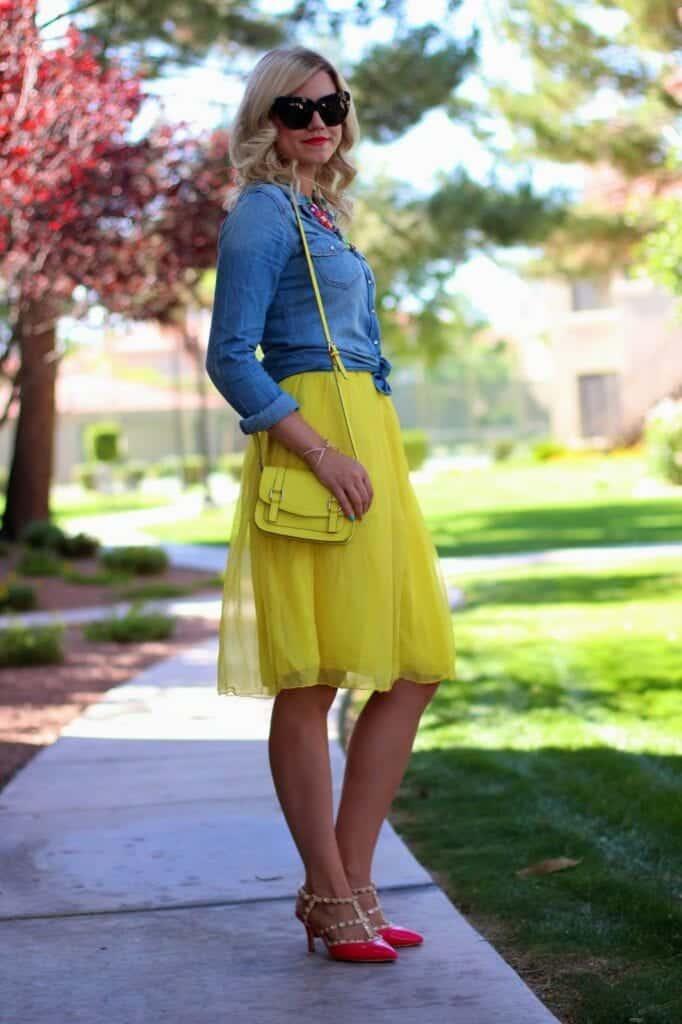 creative light yellow skirt outfit women