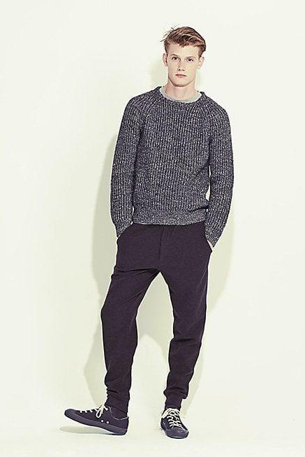 How to Wear Sweatpants to School