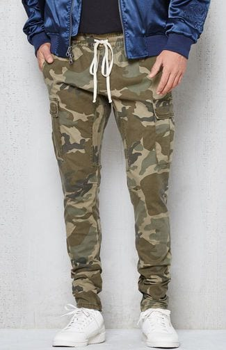 Styling Cargo Joggers