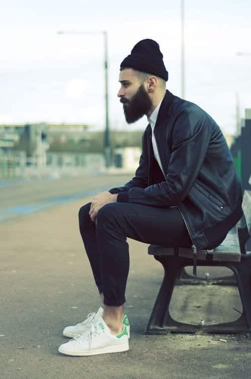 how to Wear Sweatpants Fashionably