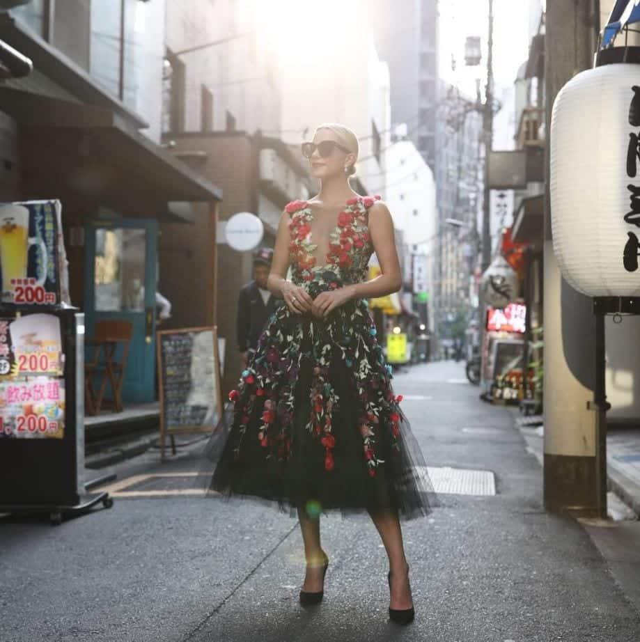 Top 20 Women Fashion Accounts to Follow (15)