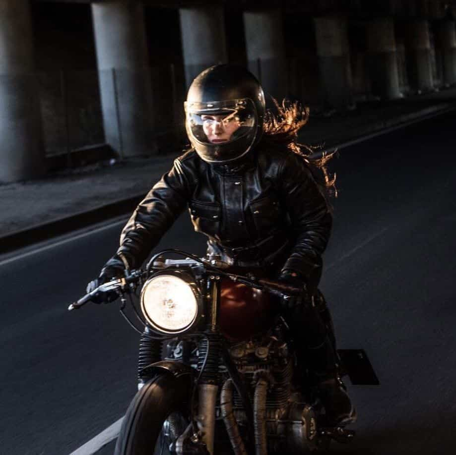 most beautiful biker girls on Instagram (17)