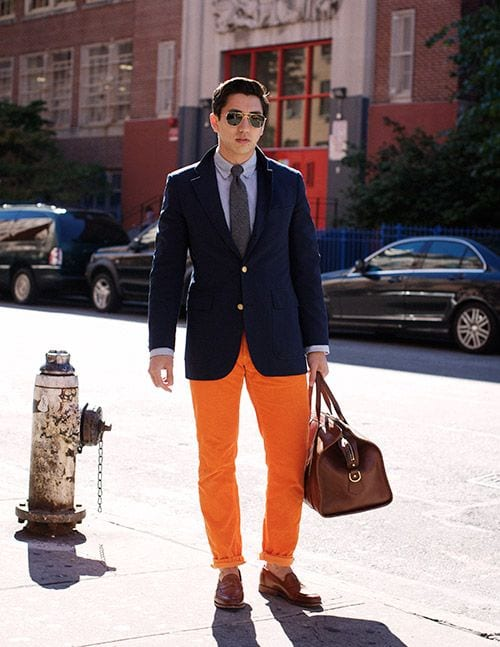 how to wear orange pants for men (23)