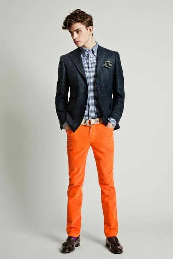 how to wear orange pants for men (21)