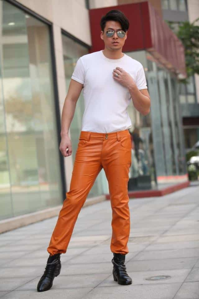 how to wear orange pants for men (18)