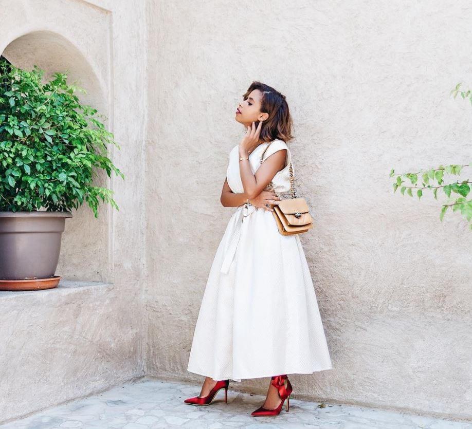 Top 20 Women Fashion Accounts to Follow (2)