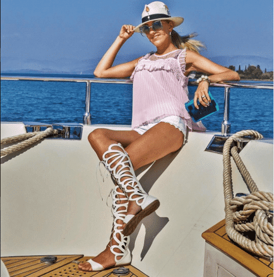 Flat Shoes in Summers (26)