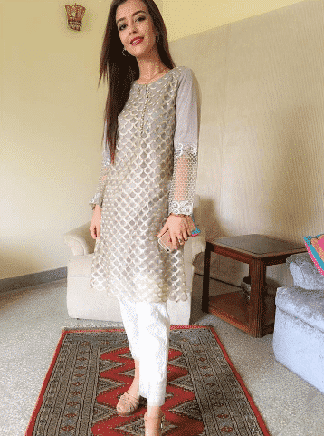 short pakistani girls outfits