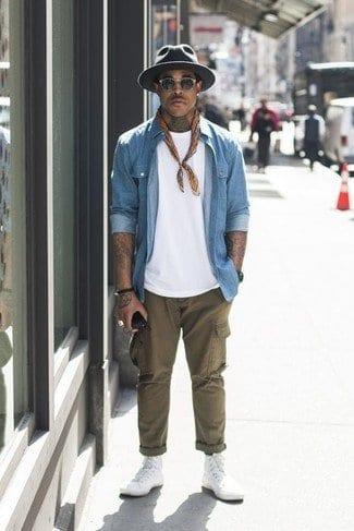 how to wear khaki pants men