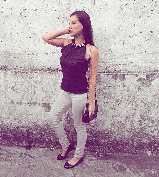 Outfits With Grey Jeans (1)