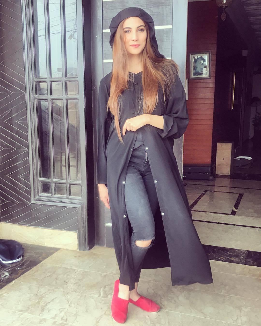 30e51fc19 18 Chic Pakistan Street Style Fashion Ideas to Follow