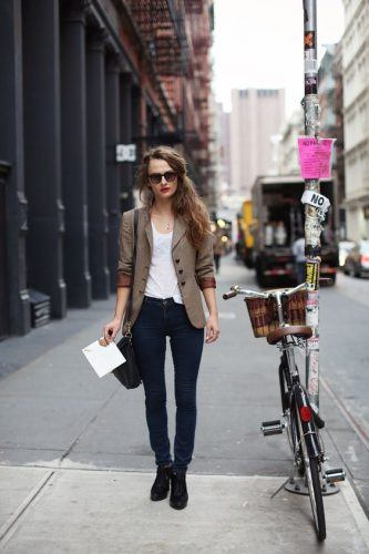Women's Outfits with Business Casual Jeans (5)