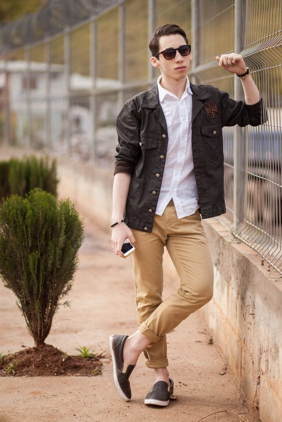 12 pro tips for men how to wear black shoes with khaki pants for Mens khaki shirt outfit