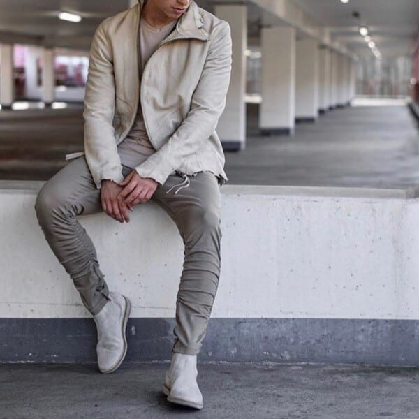 Outfits with White sneakers (25)