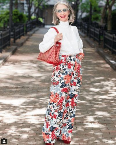 30 Best Traveling Outfits for Women over 50 (65)