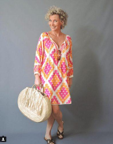 30 Best Traveling Outfits for Women over 50 (45)