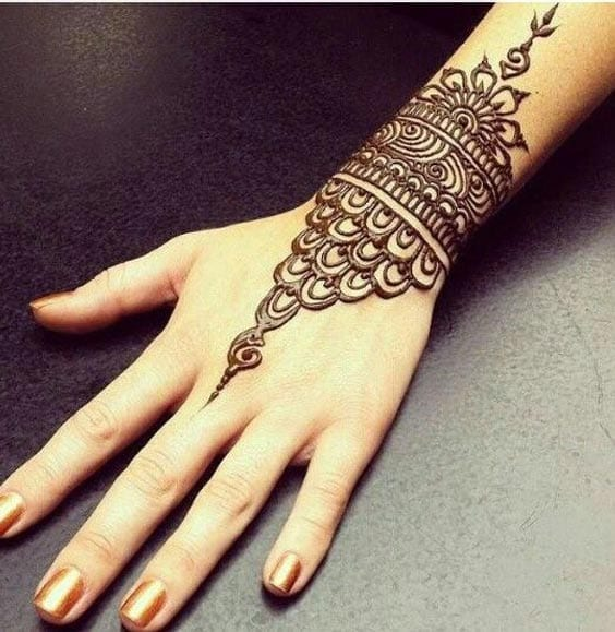 30 Best Bangle Mehndi Designs To Inspire You (23)