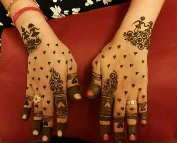Engagement Mehndi Designs You Should Try (32)