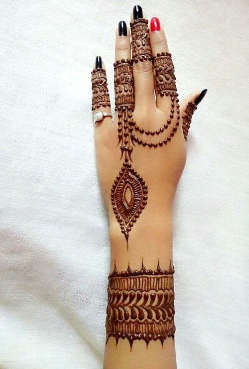 30 Best Bangle Mehndi Designs To Inspire You (10)