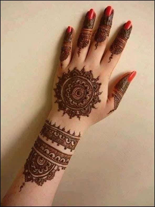 30 Best Bangle Mehndi Designs To Inspire You (9)