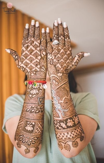 Engagement Mehndi Designs You Should Try (22)