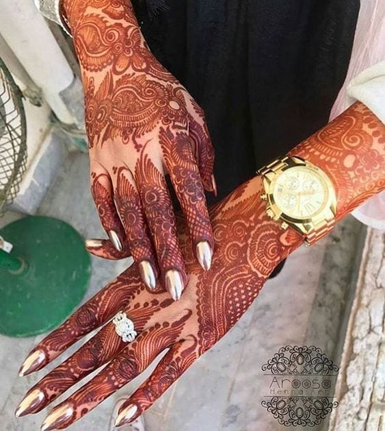 Engagement Mehndi Designs You Should Try (21)