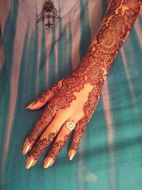 Engagement Mehndi Designs You Should Try (19)