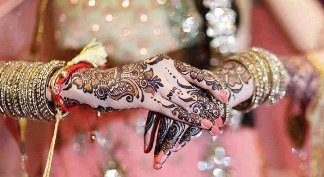 Engagement Mehndi Designs You Should Try (14)