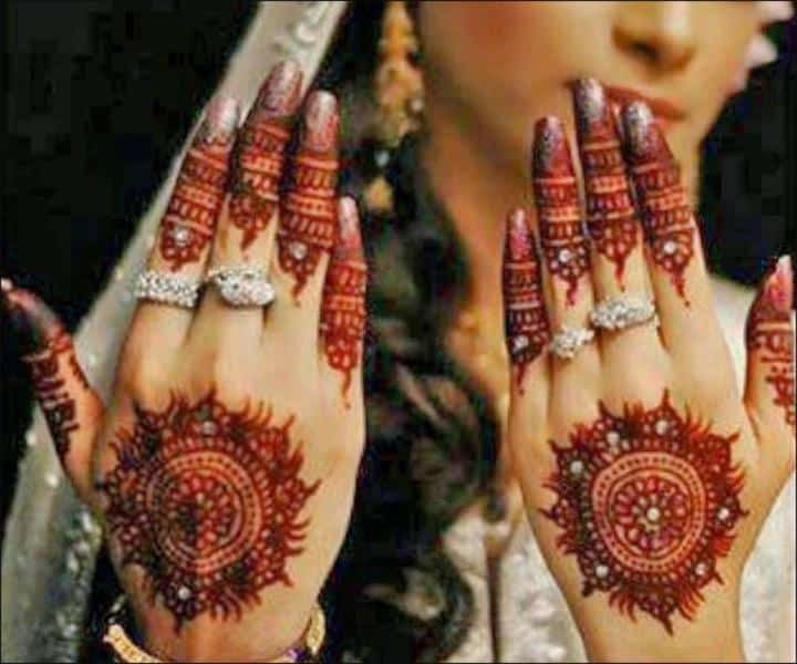 Engagement Mehndi Designs You Should Try (6)