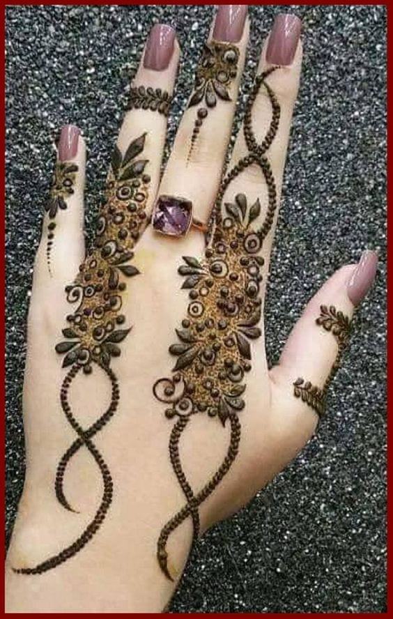Engagement Mehndi Designs You Should Try (47)