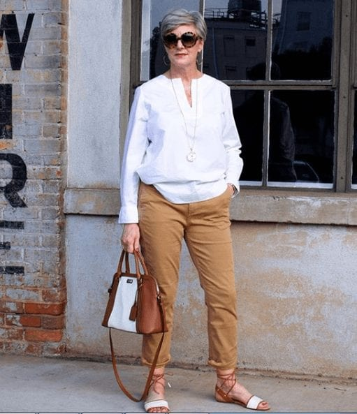 Summer Travelling Outfits for Women Over 50
