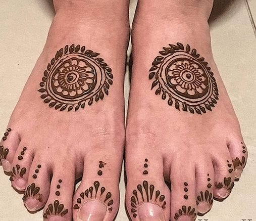 Mehndi Designs For Karva Chauth (8)