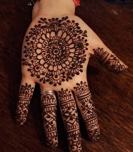 Mehndi Designs For Karva Chauth (26)