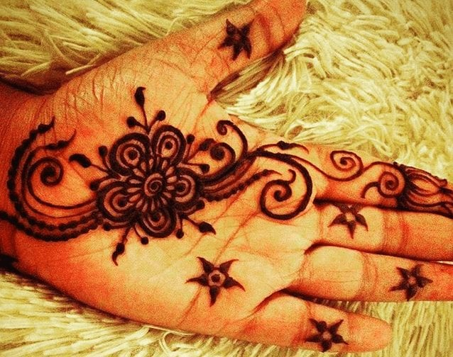 Mehndi Designs For Karva Chauth (34)