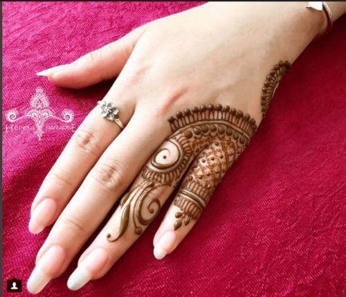 Best Mehndi Designs for Fingers (31)