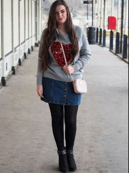 a9137ad9d016 Outfits with Denim Skirts - 30 Ways to Wear Denim Skirts