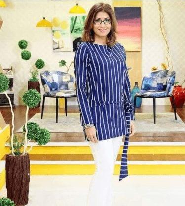 Women Over 50 Pakistani Celebrities Fashion - 20 Outfit Ideas (7)
