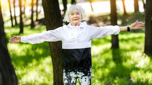 Hobbies for Women in Middle Age (1)