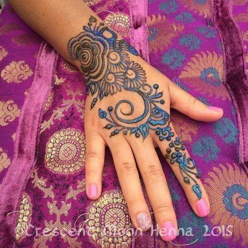 Best Glitter Mehndi Designs (31)