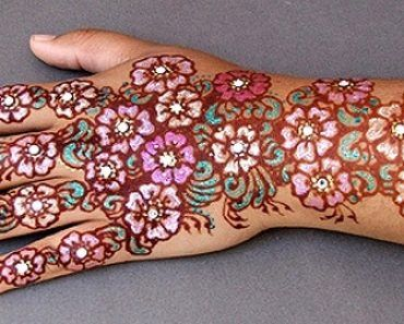 Colourful Henna And Mehndi Designs (38)