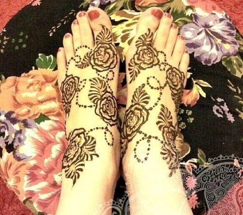 Beautiful Mehndi Designs for Feet (42)