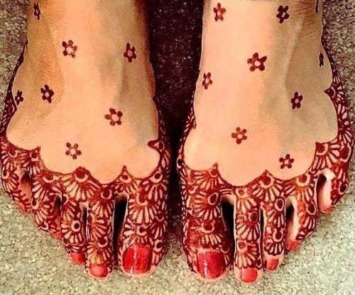 Beautiful Mehndi Designs for Feet (41)