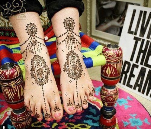 Beautiful Mehndi Designs for Feet (33)