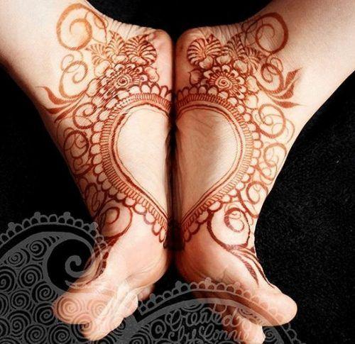 Beautiful Mehndi Designs for Feet (26)