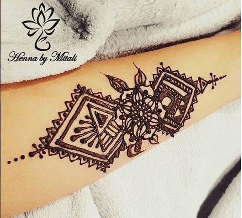 Best Leg Mehndi Designs (22)